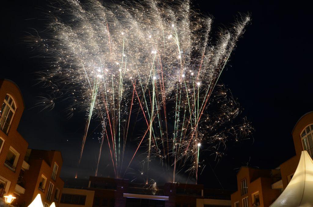 Feuerwerk auf dem Rathaus